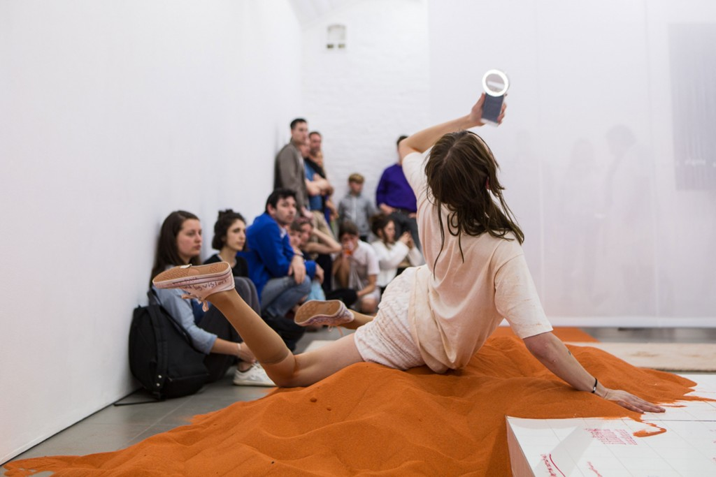 28.-YGRG14X-reading-with-the-single-hand,-Dorota-Gaweda-&-Egle-Kulbokaite,-Performance,-2018,-Cell-Project-Space